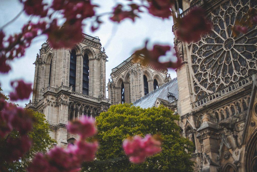 job în Paris