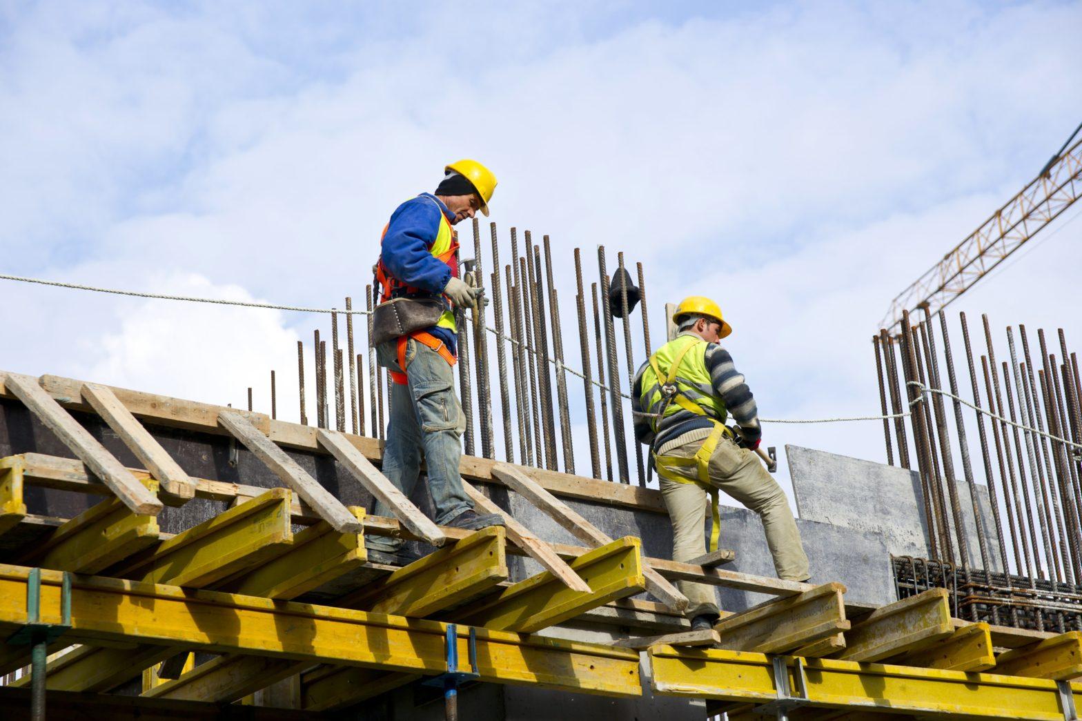 zarobki pracowników budowlanych w Niemczech