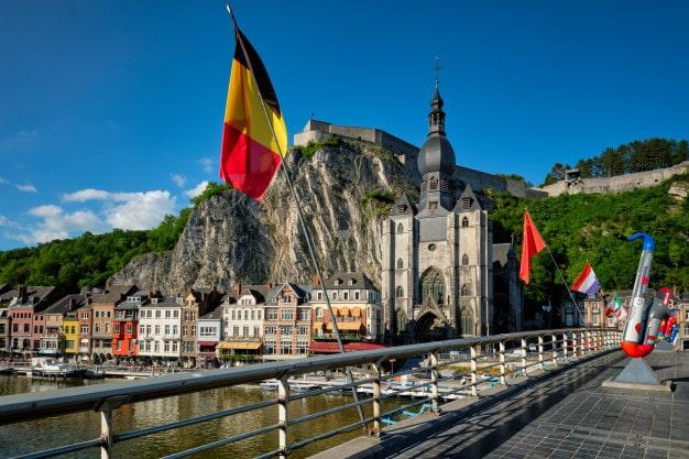 Zarobki w Belgii