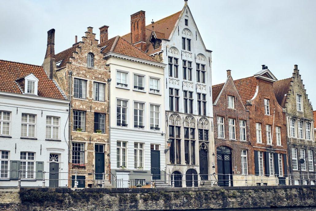 avantajele și dezavantajele vieții în Belgia